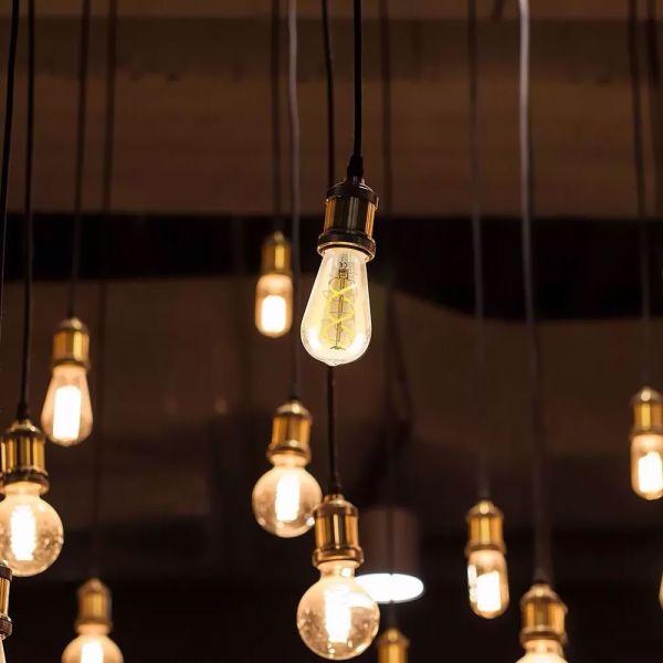 Ampoule LED E27 Vintage LED ST64 Amber