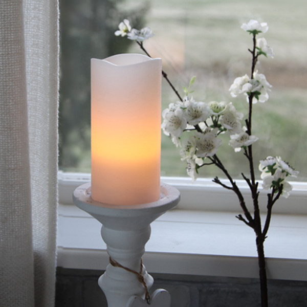 Vela LED decorativa de 15 cm con temporizador