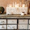 Maison bois avec tiroirs blanc chaud