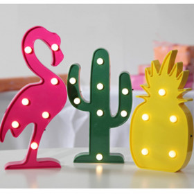 Lot de 3 figurines décoratives LED
